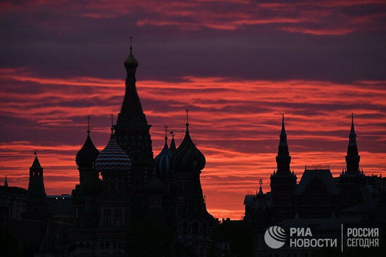 Закат над Москвой