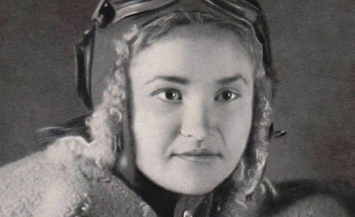 Советская военная летчица Галина Брок-Бельцова