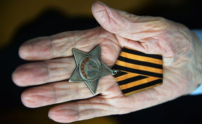 Ветеран Великой Отечественной войны Н. Ф. Титов