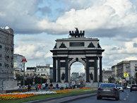Московские Триумфальные ворота (Триумфальная арка) на площади Победы в Москве.