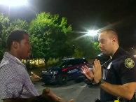 Видео задержания афроамериканца Рэйшарда Брукса