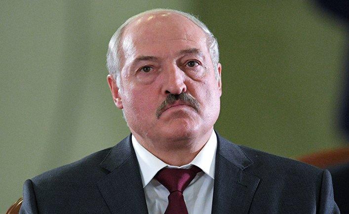 Президент Белоруссии Александр Лукашенко на заседании ЕврАзЭС на уровне глав государств в расширенном составе. 11 октября 2017