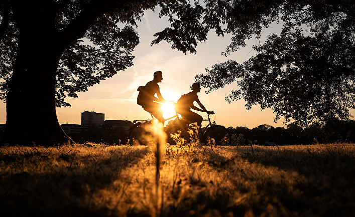 Велосипедисты в Кельне, Германия