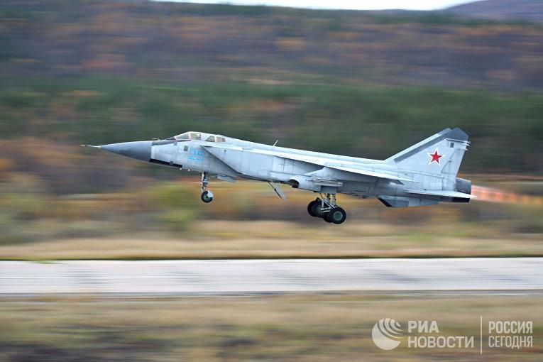 Истребитель МиГ-31