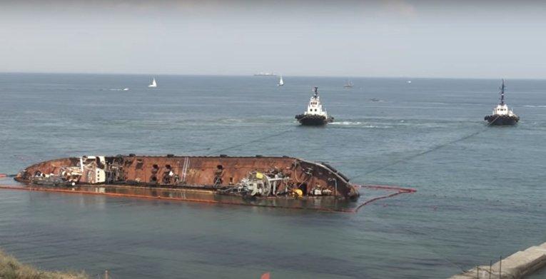 История с одесским танкером вскрыла все украинские проблемы