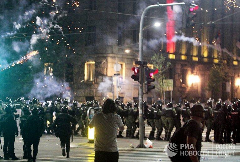 Протесты в Белграде