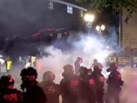 """Протестующие в Сиэтле требуют, чтобы белые """"сдали"""" свои дома"""