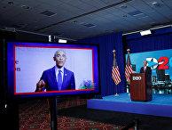 Бывший президент США Барак Обама выступает на конвенции Демократической партии