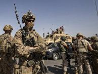 Американские и российские солдаты в сирийском городе Аль-Маликия на границе с Турцией