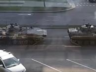 Путин передает Лукашенко «теплые пожелания», а на улицах Минска появляются танки