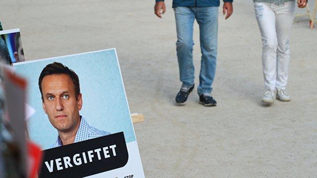 Страна (Украина): зашел на посадку. Почему Навального задержали сразу по прилету в Россию и что с ним будет дальше