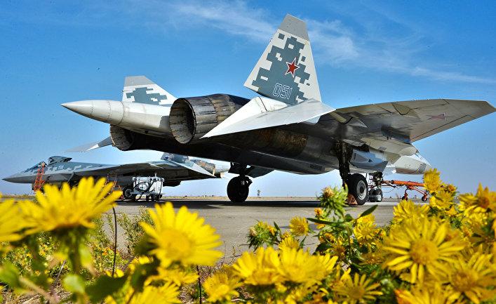 Многофункциональный истребитель пятого поколения Су-57