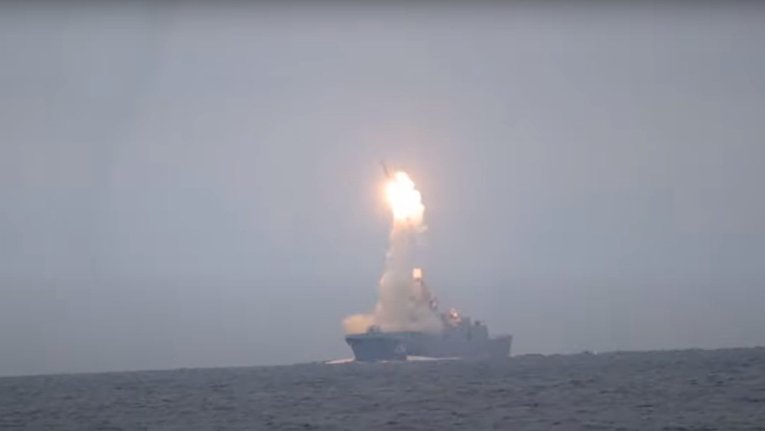 В день рождения Путина Россия испытала гиперзвуковую ракету