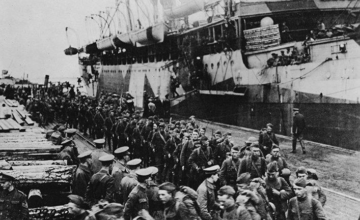 Солдаты армии США после высадки в Архангельске в сентябре 1918 года