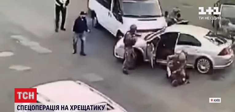 Видео погони и задержания валютных грабителей в Киеве