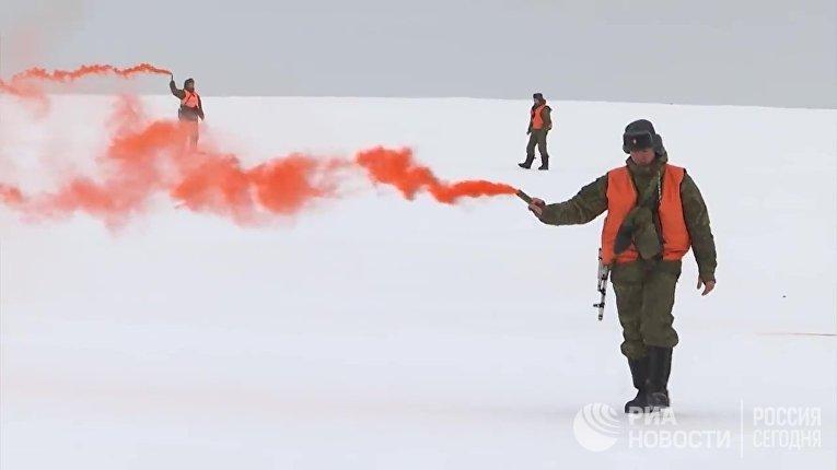 ВДВ первыми в мире десантировались с нижней границы стратосферы в Арктике