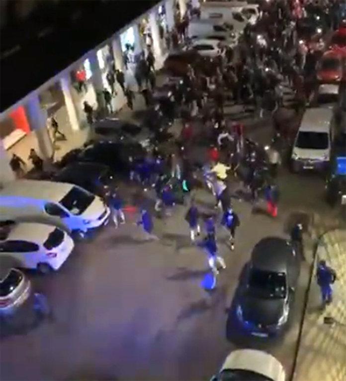 Турки и азербайджанцы ищут армян на улице во Франции