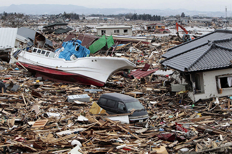 Последствия цунами в Натори, префектура Мияги, Япония