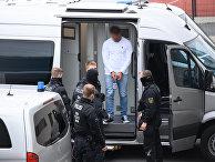 17 ноября 2020. Подозреваемого в ограблении Дрезденского дворца доставили в суд