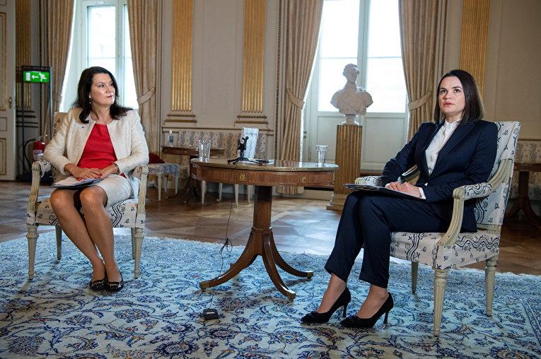 Глава МИД Швеции Анн Линде и Светлана Тихановская в Стокгольме, Швеция