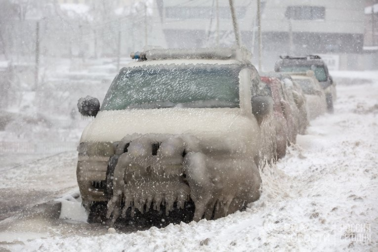 Последствия снежного циклона в Приморье