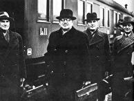 Президент Финляндии Юхо Кусти Паасикиви прибыл на переговоры в Москву