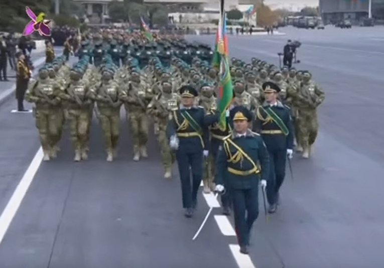 В Баку прошел парад победы