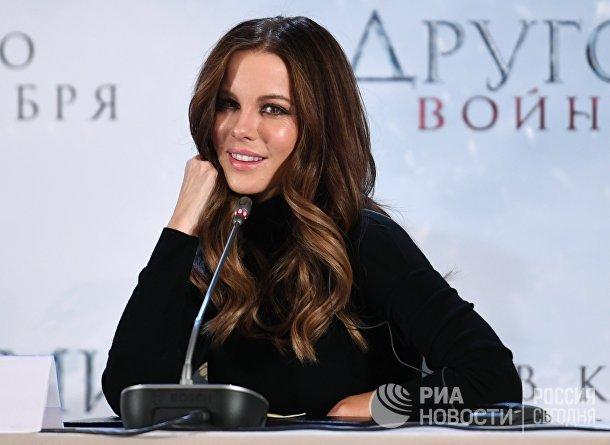 Фотоколл и пресс-конференция актрисы Кейт Бекинсейл