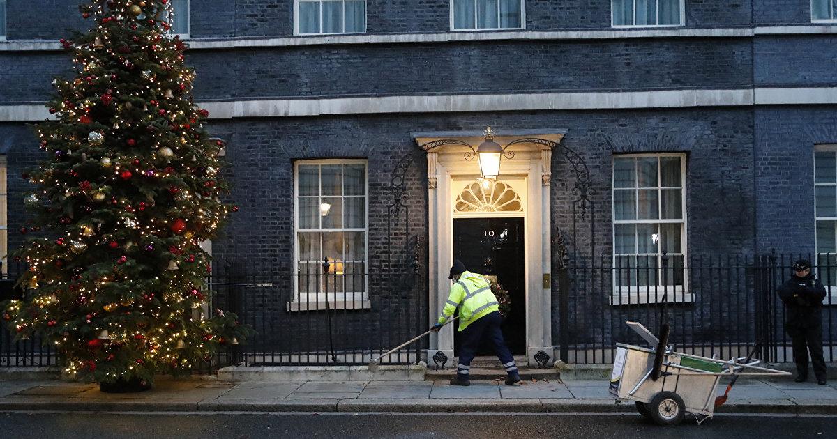Британцы: похоже, нам пора запасаться свечками и едой (The Daily Mail, Великобритания) (Daily Mail)