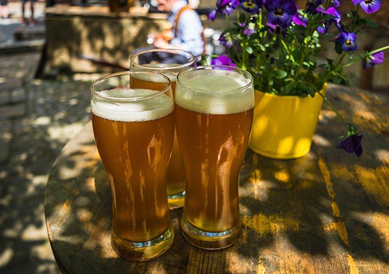 Пиво в баре