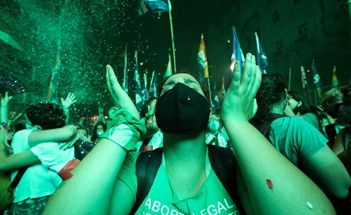 Демонстрация за легализацию абортов в Буэнос-Айресе, Аргентина