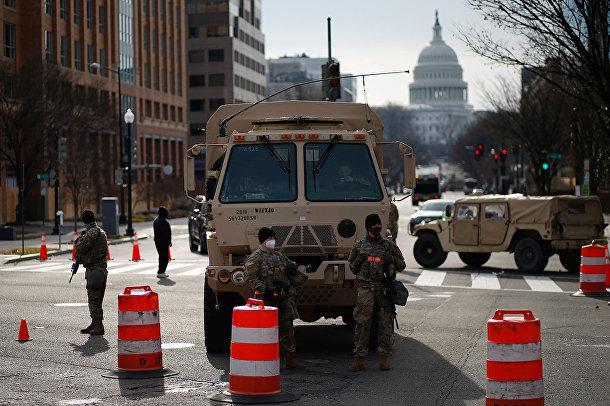 Солдаты Национальной гвардии США в Вашингтоне