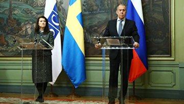 Встреча глав МИД РФ и Швеции С. Лаврова и А. Линде