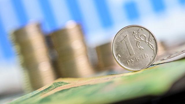 Bloomberg (США): после отмены локдауна российская экономика демонстрирует самый быстрый рост с 2000 года
