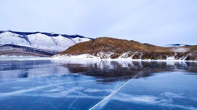 Reflex (Чехия): поездка по сказочной зимней Сибири, или на автомобиле через озеро Байкал на морозный Дальний Восток