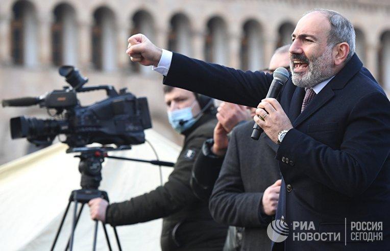 Премьер-министр Армении Никола Пашинян