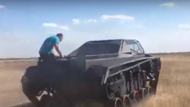 Факти (Болгария): украинцы создали гибридный плавающий танк мощностью 2500 лошадиных сил