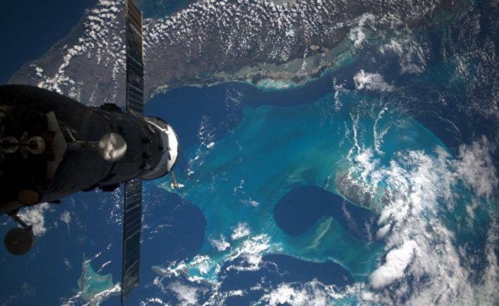 Вид из космоса на Багамские острова