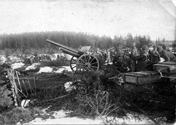 Обстрел кронштадтских фортов курсовой батареей. Кронштадт. 1921 год