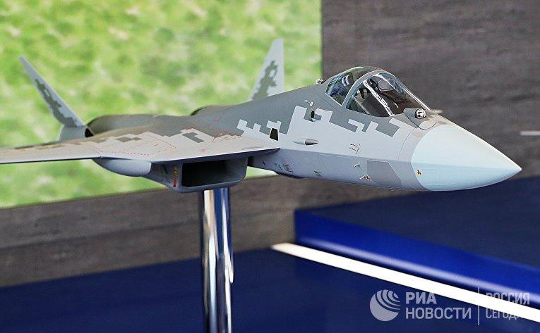 Модель самолета Су-57Э