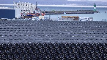 Трубы для «Северного потока— 2» впорту Мукран, Германия