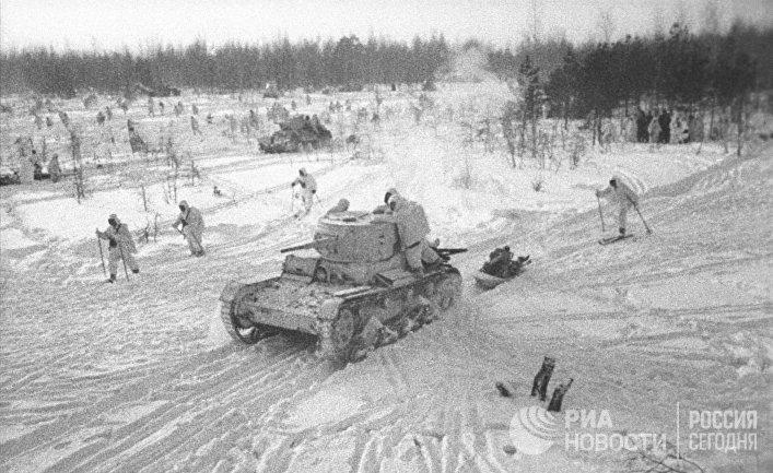 Контрнаступление Красной Армии под Москвой.