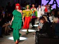 Модели демонстрируют одежду из новой коллекции бренда ZA_ZA