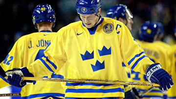 Матс Сундин всоставе сборной Швеции похоккею «Тре крунур»