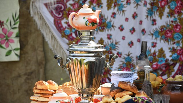 Любовь русских к чаю: мы изобрели самовар! (The Paper, Китай)