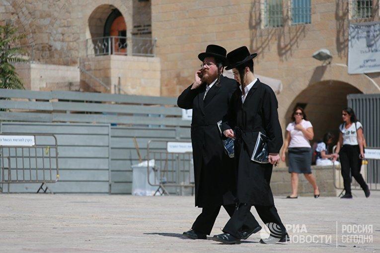 Мужчины в Старом городе Иерусалима