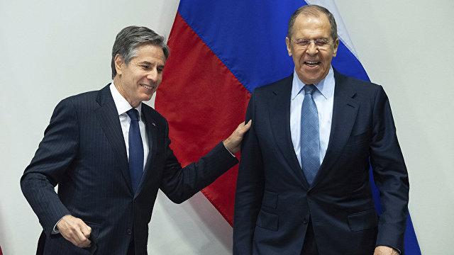 CNBC (США): США хотят оторвать Россию от Китая