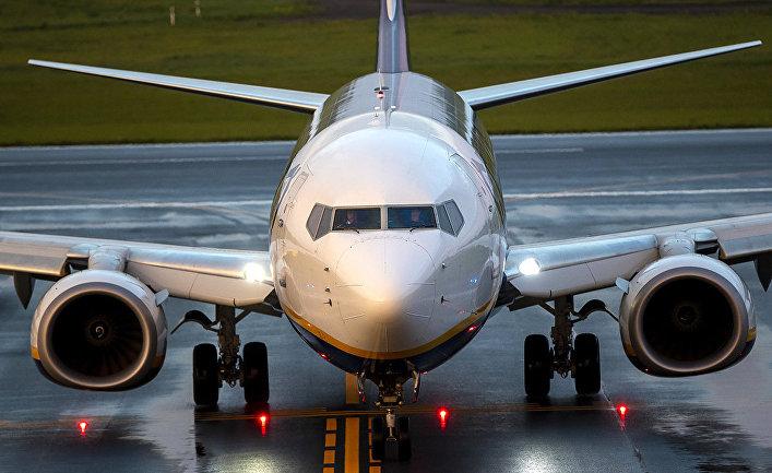 Самолет Ryanair на борту которого находился оппозиционер Роман Пратасевич в аэропорту Вильнюса