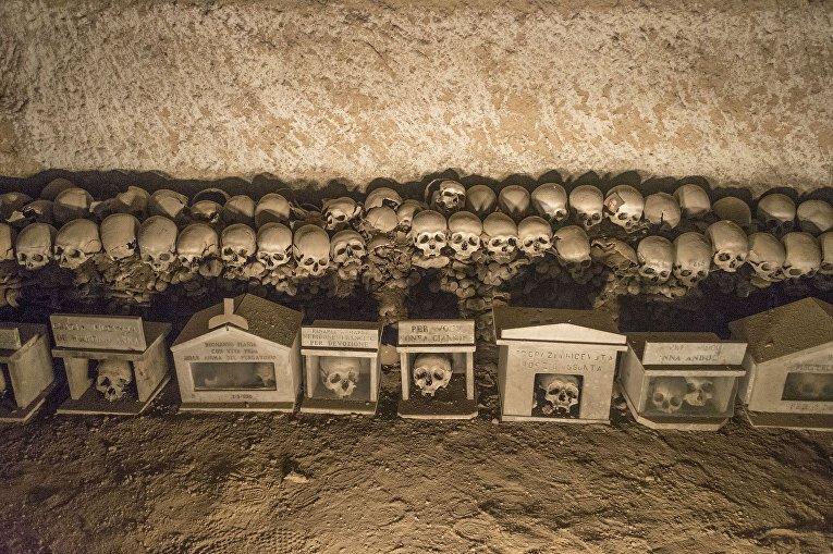 Кладбище Фонтанелле, Италия