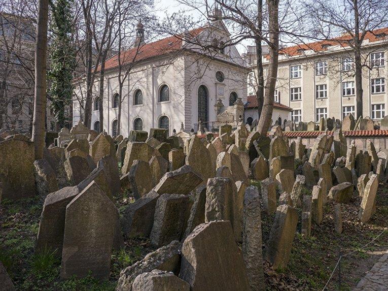 Старое еврейское кладбище, Прага